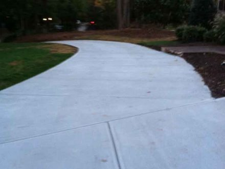 New Affordable Concrete Drive Way Raleigh